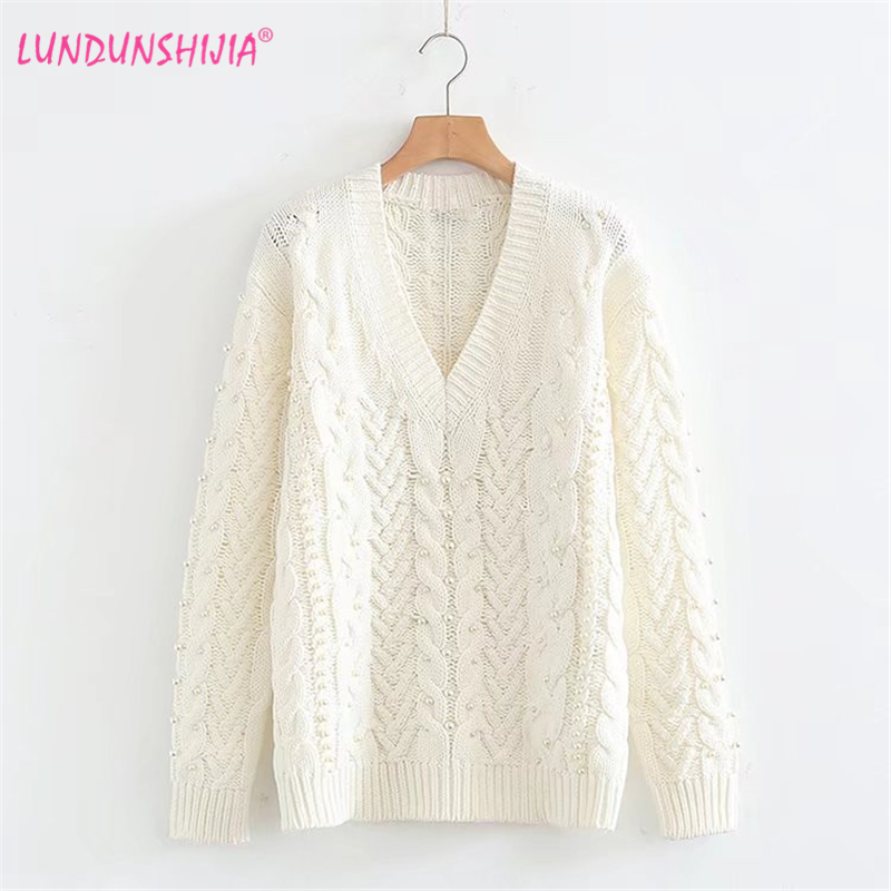 LUNDUNSHIJIA Hot Style Pearl Decoration Pullover Women's Sweater 2018 Spring Autumn V-neck White Loose Beading Sweater For Women
