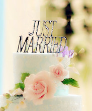"""Just Married "" Diamond Rhinestones Cake Topper Gold / Silver Wedding Cake Topper Cake Stand For Cake Decorations"