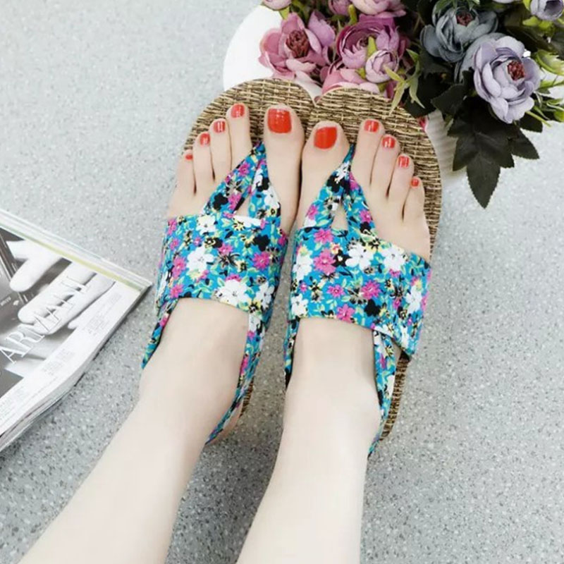 Plus size 35-41 2017 Summer Casual Flat Sandals Ladies Bohemia Floral Printed Beach Flip Flops Shoes Women Sandalias Mujer O2303<br><br>Aliexpress