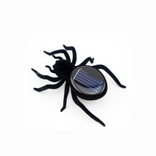 Power Energy Solar Cockroach/Grasshopper/Spider insects, novelty trick toys
