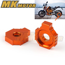 Free shipping New sale Orange Motorcycle Dirt Bike CNC Aluminum Rear Axle Spindle Chain Adjuster Blocks for KTM DUKE 200/390 RC(China)