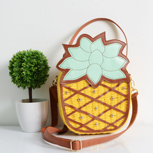 Exclusive Listing Beach Bag 2017 New Cute Fruit Pineapple Package Pure Hand Woven Circular Women Handbag Messenger Bags
