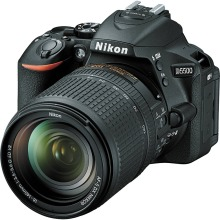 New Nikon D5500 Digital SLR Camera Body & AF-S DX 18-140mm f/3.5-5.6G ED VR Lens(Hong Kong)
