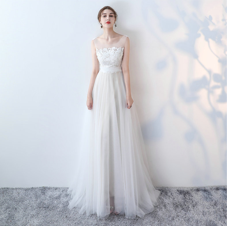 Fashion Ivory Wedding Dresses Long 2018 Wedding Gowns Scoop Tulle Lace Appliques Zipper A-Line White Wedding Dress Real Photos 1