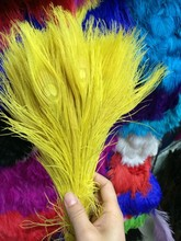 Free shipping yellow dyed peacock feather 100pcs/lot length 25- 30 cm 10-12 inch peacock feathers wedding decorations wholesale