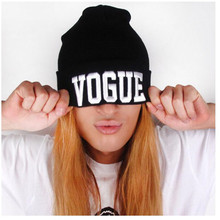 & 2017 Fall and winter Beanie unisex Hip-Hop Hat VOGUE Spot Beanie Cap femal Knitted hats Mens women black Hats with letters