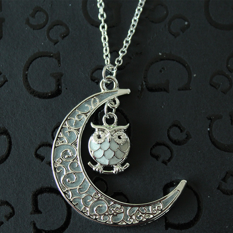 New Design Luminous Glow In The Dark Crescent Moon Owl Shaped Pendant Necklace For Women Jewelry 1