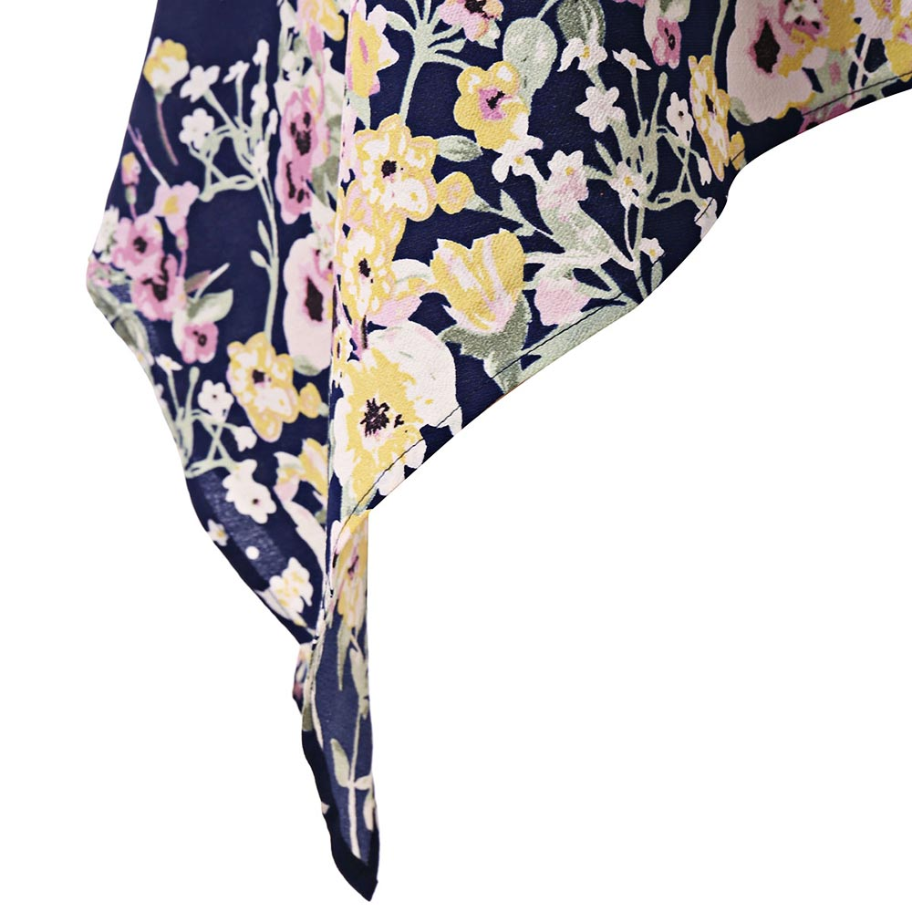 57bf5421f20 Sleeve Length  Sleeveless Collar  One-Shoulder Style  Casual Season  Summer  Paern Type  Floral Weight  0.2000kg. Package Contents  1 x Tank Top