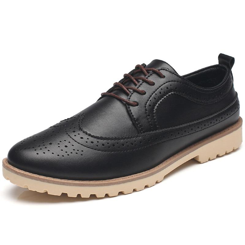 British Style Men Oxfords Shoes Lace Up Carve Casual Shoes Male Wedding Dress Shoes Male Brogue Shoes Flats Moccasins XK041801<br>