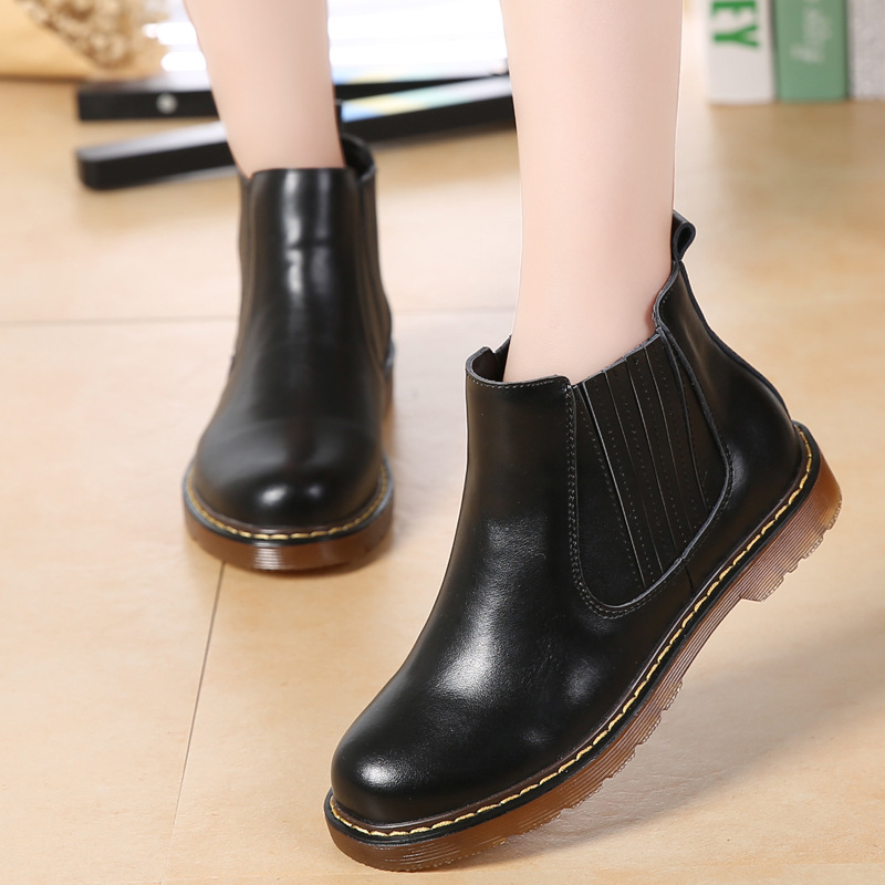 2017 New Winter Solid Color Ankle Short Boots Women Shoes Woman Boots  Students Low Heels Casual Boots<br>