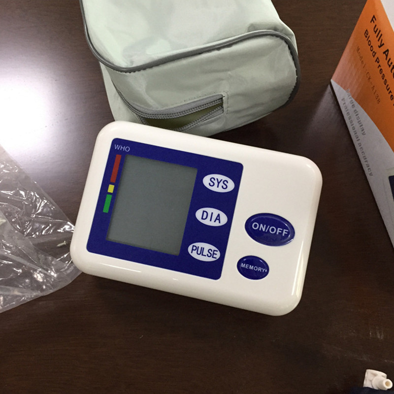 Fully automatic arm style blood pressure monitor Digital LCD large display professional accuracy memory Household Health care 8