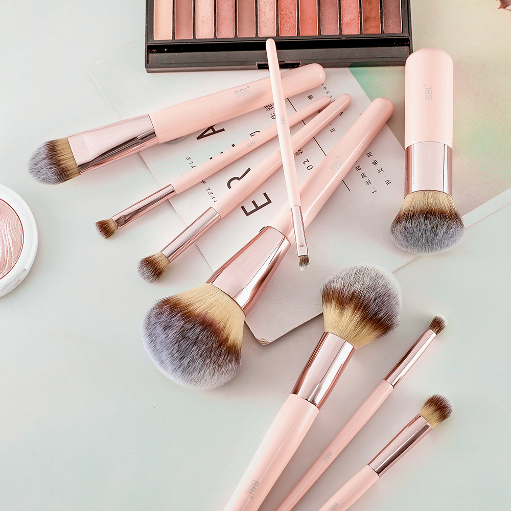 Kabuki Foundation Makeup Brush 27