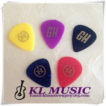 Good Cheapest Band Logo Nylon Guitar Picks Clean Surface and Smooth Edge