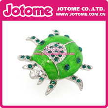 100pcs/ Small Size Green Crystal Rhinstone Silver Tone And Enamel Green Lovely Beetle Brooch Ladybug Beetle Insect Brooch Pin(China)