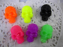 12pcs/lot flat back resin resin skull heads ,DIY resin craft accessories fashion resin cabochons