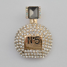 Elegant Charm Female Brooch Female Perfume Bottle Point Drill  Oil Brooch Jewelry New Listed Manufacturers Direct Marketing