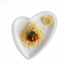 White Peach heart shape plate ceramic dish flat plates snack dishes high-quality platesbreakfast dinner plates dinnerwar(China)