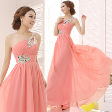 Elegant Brief Dress One Shoulder Cheap Coral Bridesmaids Dresses Long Chiffon Dress 2017 New Simple Dress For Bridesmaids(China)