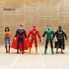 DC Comics Superhero Wonder Woman The Flash Batman Superman Green Lantern PVC Action Figures Collectible Model Toy 14-16cm KT3618