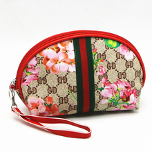 2017 New Women Fashion PU Leather Floral Printed Small Travel Cosmetic bag maquilhagem with handle for Make up case