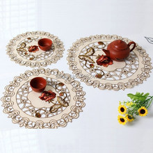 New Arrival Hot Round Elegant Polyester Floral Embroidery Placemat Tablecloth Embroidered Tissue Box Covers XT229-P