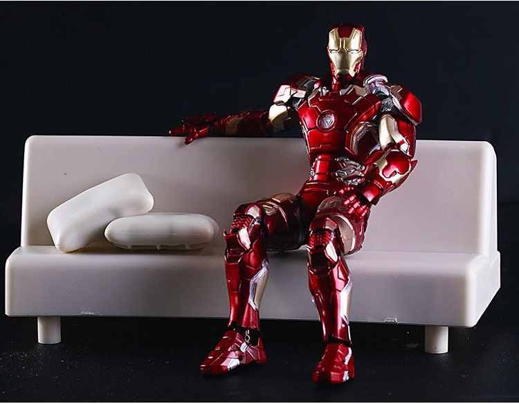 SHFiguarts Iron Man Mark 43 with Sofa PVC Action Figure Collectible Model Toy 15.5cm KT2614<br><br>Aliexpress