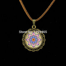 Vintage Neon Pink purple Mandala Leather Necklace Handmade Kaleidoscope Buddhism Mandala Necklace Art Glass Dome jewelry L 192