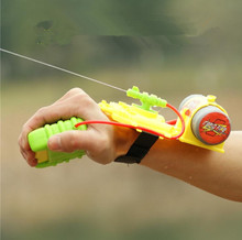 2014 new outdoor sports plastic toy guns, children's toys models, wrist gun, free shipping, The best parenting toys(China)
