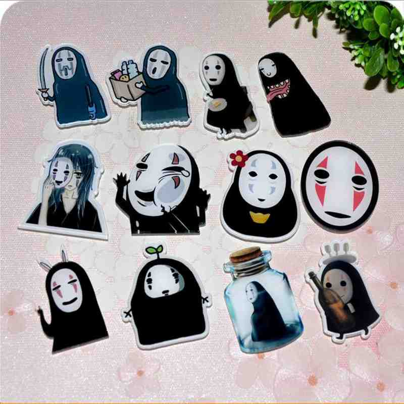 Kawaii-Harajuku-NO-FACE-MAN-Badge-Acrylic-Brooch-Japanese-Anime-Clothes-Badge-Decorative-Rozet-Collar-Scarf
