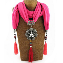 New Hot Bijoux Ethnic Choker Necklace For Women Flower Pendent Statement Scarf Necklaces Bohemian Jewelry(China)