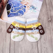 New Arrive Children winter white snowflake gloves Stretchy Knitting Mittens boy girl Sweet Rainbow Color Wool Glove 6.5 *13 CM