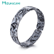 Bangles Rushed 2018 Trendy Multicolor Round Shape Hollow Out Opening Bracelet Acrylic Material For Women Elegant Design Jewelry(China)