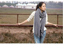 Houndstooth scarf Fashion casual mens and womens girls ladies classical geometrical pattern scarves Winter wool knit long scarf