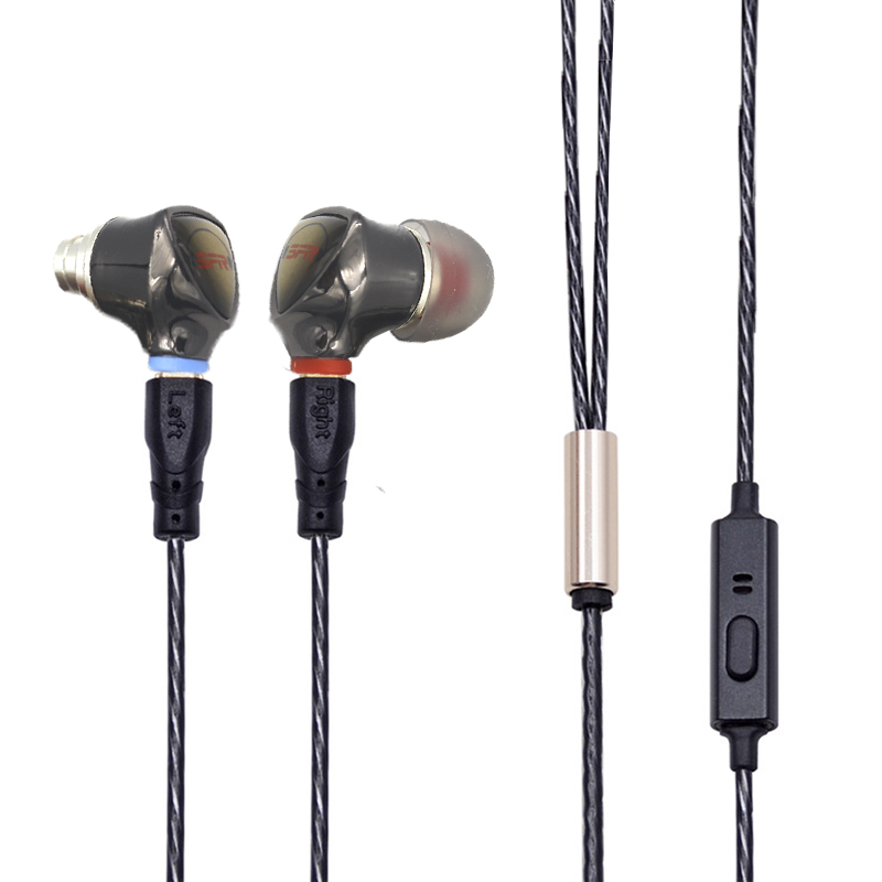 black cable with mic 4 in1