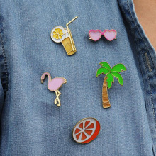 LNRRABC Lovely Cartoon Drink Flamingo Coconut Tree Glasses Shape Corsage Brooch Pins Christmas Gift broche bijoux hijab pins
