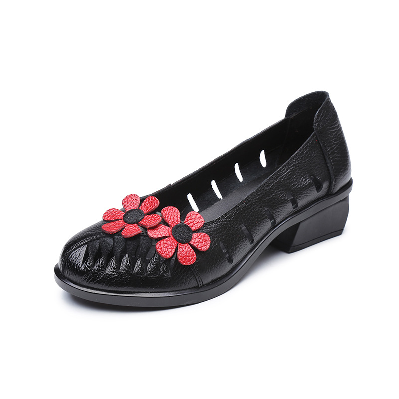 2017 New Vintage Handmade Folk Style Women Flats Casual Shoes Genuine Leather Lady Soft Bottom Shoes for Mother Fashion Loafers<br>