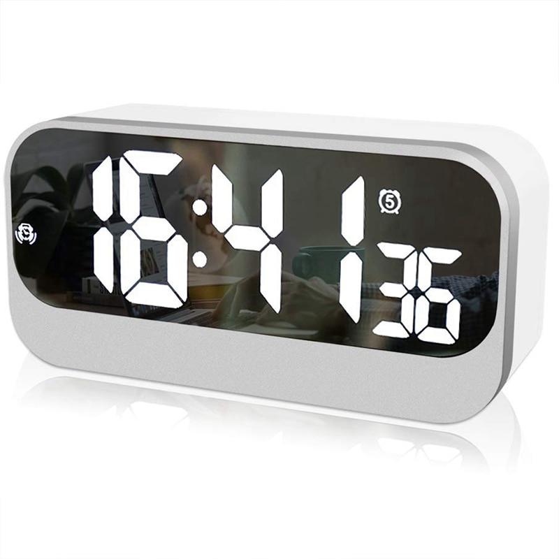 Radio FM Puerto de Carga USB Temporizador de Apagado Despertador Digital Radio Despertadores Mesita de Noche con Bluetooth 4.2 Altavoz Funci/ón de Repetici/ón Pantalla LED