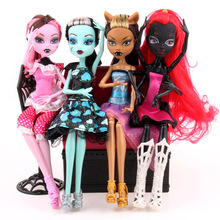 High Quality Fasion Monsters Dolls Draculaura/Clawdeen Wolf/ Frankie Stein / Black Spider Moveable Body Girls Toys Gift(China)