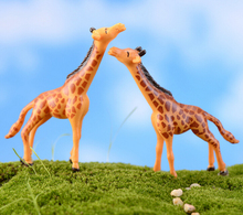 Giraffe Figure decorative mini fairy garden acartoon nimals statue jardin miniature Moss ornaments resin craft