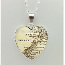 2017 New Vintage Map Heart Necklace New Zealand Map Pendant Ireland Map Jewelry Silver Heart Necklace HZ3