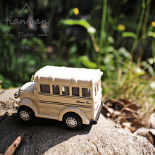 1:38 multiple Colour school bus Die-cast metal Alloy car model kids toys Decoration Sound and light pull back(China)