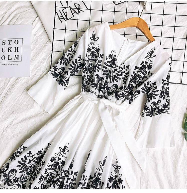 2019 Spring Summer V-neck Embroidery Dress Flare Sleeves Bohemian Dress Belted Ethnic Loose Vintage Dress 58