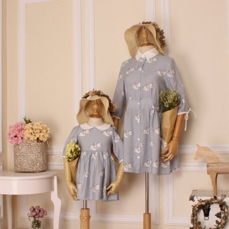 Summer children clothes women kids girls family matching clothing family look outfits mother daughter dresses Swan Light Blue<br>