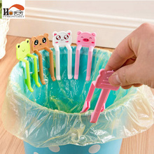 CUSHAWFAMILY 2pcs/set Lovely Cartoon Animal Plastic Garbage Bag Clip Waste Bin Clip  clamp household Clean receive Useful Tools