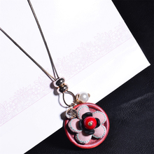 Vintage Sweater Flower Pendant Necklace Copper Chain Fabric Art Design Decorative Fashionable Women Jewelry(China)