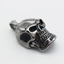 Cool Punk Style Stainless Steel Skull Pendant Necklace with Silver Popcorn Necklace Fashion Neck Chain for Male