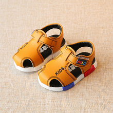 2017 Kids Beach Sandals Summer Child Shoes Fashion Leather Comfortable Boys and Girls Baby Leather Sandals Children Water Shoes