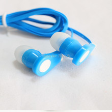 Linhuipad Bulk quantity 5000pcs Disposable in-ear earphones low cost earbuds for Theatre Museum School library,hotel,Gift(China)