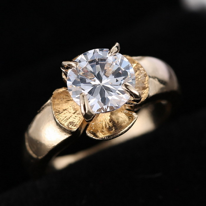 Crystal Shop gold color Element Zircon Simple Wedding Ring Cheap Genuine Austrian Crystal Rings valentine's gifts(China)