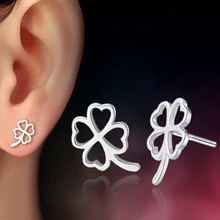 E495 New Brincos Bijoux LOVE Hollow Clover Silver Plated Flower Heart Stud Earrings For Women Wedding Jewelry mujer pendientes